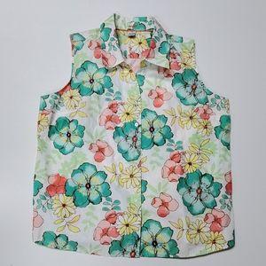 Spring sleeveless button top